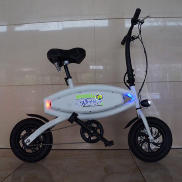 Vélo électrique de couleur  blanc